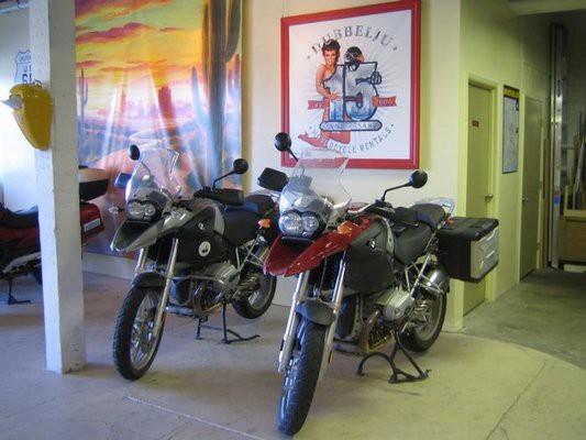 Dubbelju Motorcycle Rental