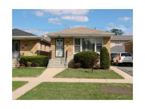 6322 W 63rd Pl for $199,900