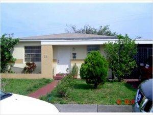 1,778 sq.ft. Duplex-fourplex home, Miami, Florida